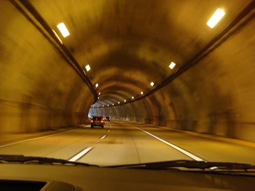 トンネル工事関連銘柄